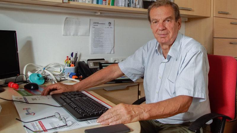 Dr. Ribitsch_Schreibtisch_2